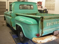 rusty-blue-truck