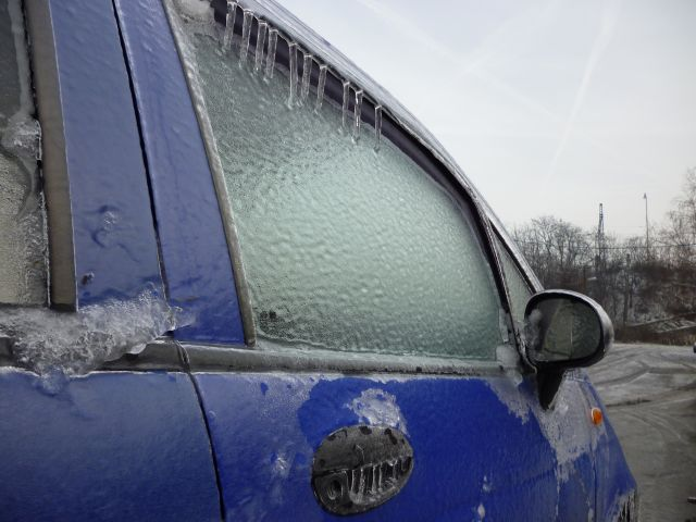 cincinnati-frozen-vehicle-windows